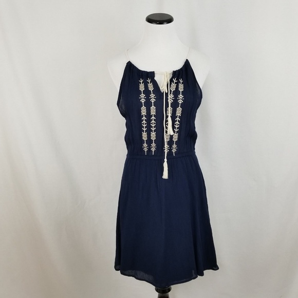 Sadie & Sage Dresses & Skirts - NEW Sadie & Sage Navy Blue Embroidered Sundress